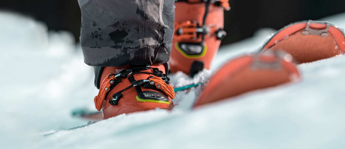 How to Choose the Right Pair of Ski Boots and Bindings Packages